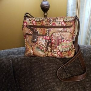 Relic shoulder bag with flower designs